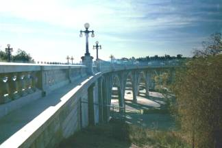 Colorado Street Bridge